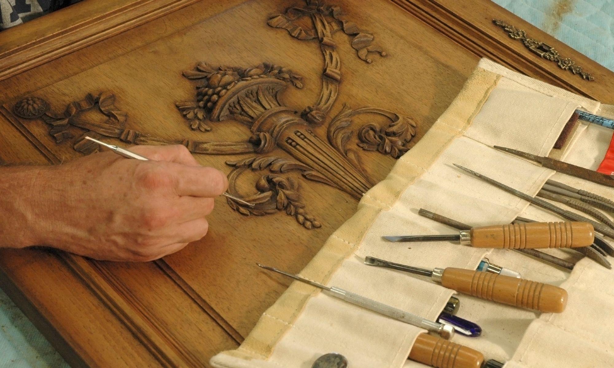 Restaurer un meuble ancien
